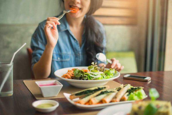 6 raisons de manger lentement